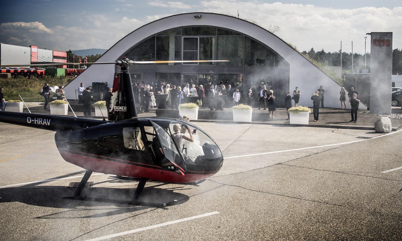 Hubschrauber E210